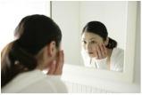 「照鏡子」的英文怎麼說?